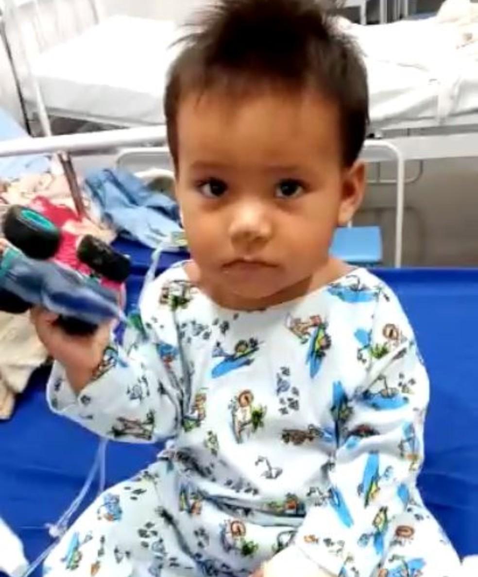 Matheus Cândido Pereira, de 10 meses, ficou 12 dias internado após ser atingido por dois tiros em Manaus. — Foto: Arquivo Pessoal