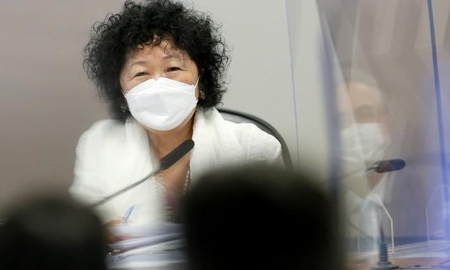A médica Nise  Yamaguchi presta depoimento na CPI da Covid
