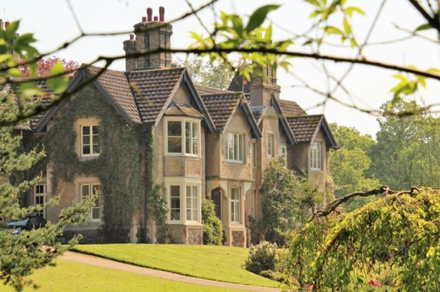 Mansão York Cottage, dada a Meghan e Harry pela rainha Elizabeth II (Foto: Reprodução/Twitter)