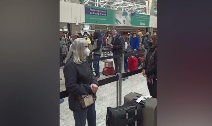 Asas de aviões congelam, e voos são cancelados em São José dos Pinhais