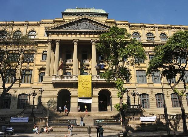 A Biblioteca Nacional do Rio de Janeiro é considerada pela UNESCO uma das dez maiores bibliotecas nacionais do mundo e a maior da América Latina (Foto: Wikimedia Commons)