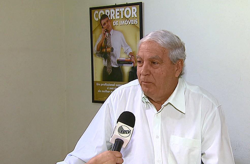 Wenderçon Stubé, delegado regional do Creci (Foto: Reginaldo dos Santos/EPTV)
