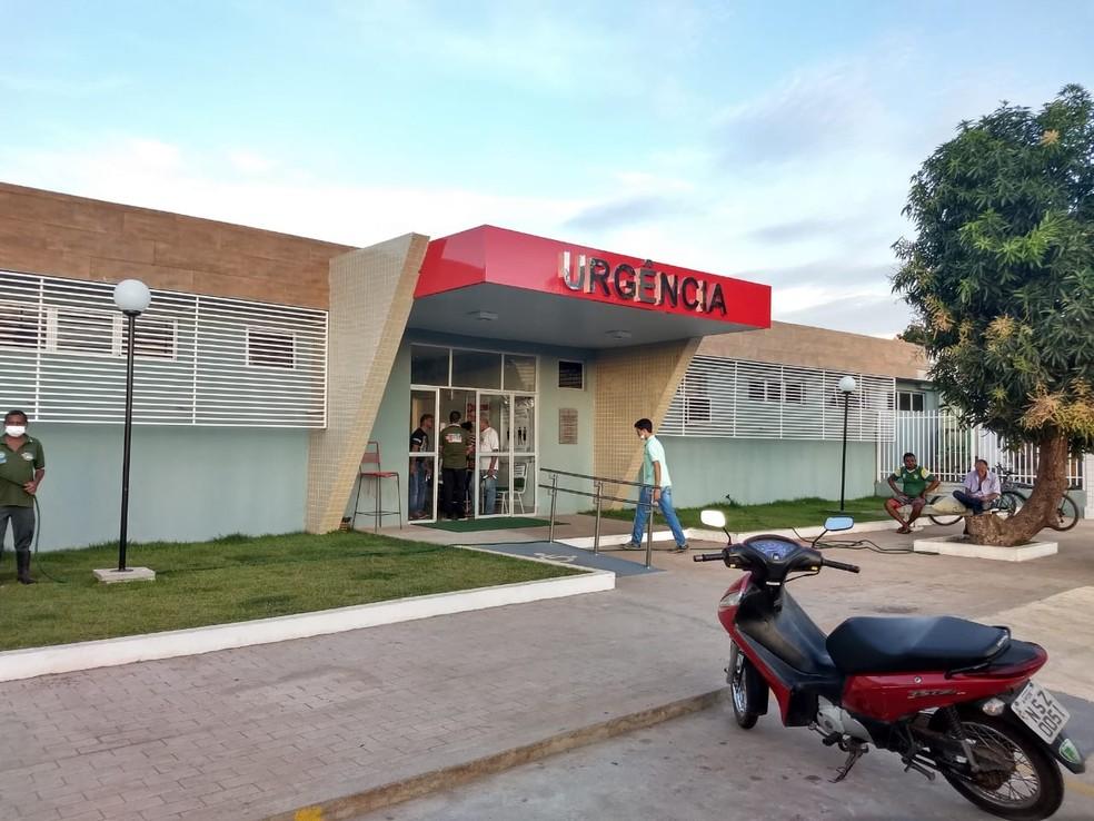 Exame de corpo de delito foi realizado no Hospital Regional Justino Luz, em Picos (Foto: Divulgação/Ascom)