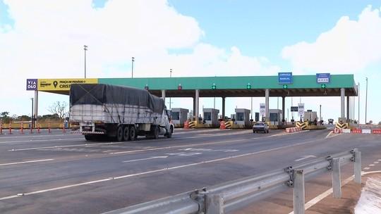 Prefeitura de Cristalina reabre estrada para que população 'fuja' de pedágio