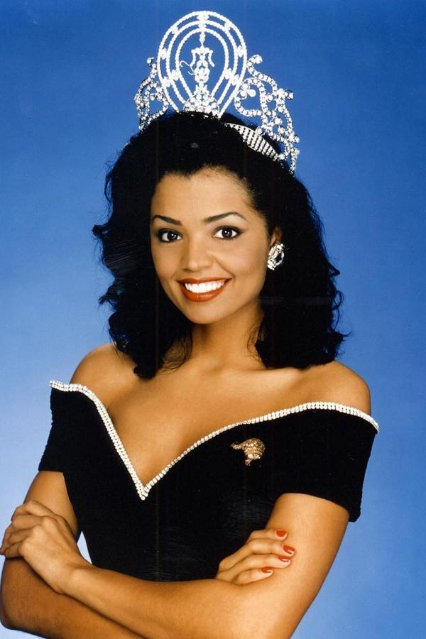 Chelsi Smith foi Miss Universo 1995 (Foto: Reprodução)