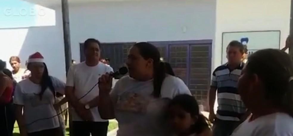 Ana Keyla Teixeira, mulher de João de Deus, deve ser ouvida nesta quarta-feira — Foto: TV Anhanguera/Reprodução