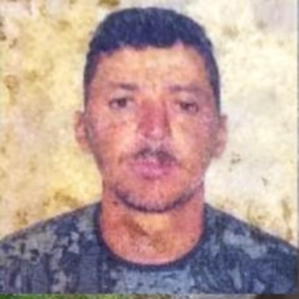 Homem foi encontrado sem vida dentro de tanque, em Cupira — Foto: Agreste Violento
