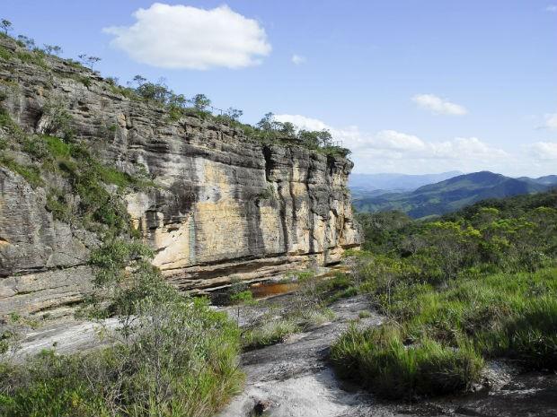 Roteiro de férias: teatro e cachoeiras são atrações turísticas em Zona da Mata e Vertentes