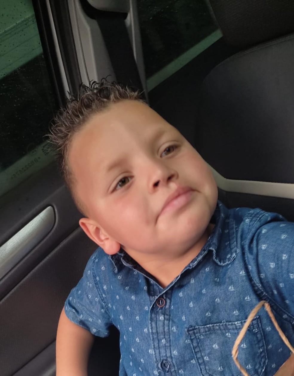 Rafael Pereira completou seis anos no domingo (10) — Foto: Arquivo Pessoal /Reprodução