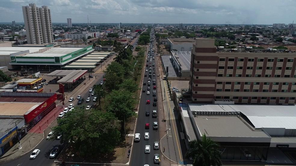 Porto Velho: carreata a favor de Bolsonaro percorreu Avenida Jorge Teixeira — Foto: Ruan Gabriel/Rede Amazônica