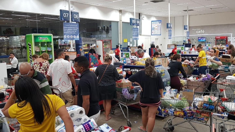 Supermercados devem ter abastecimento normalizado após falta de produtos durante quarentena no Ceará