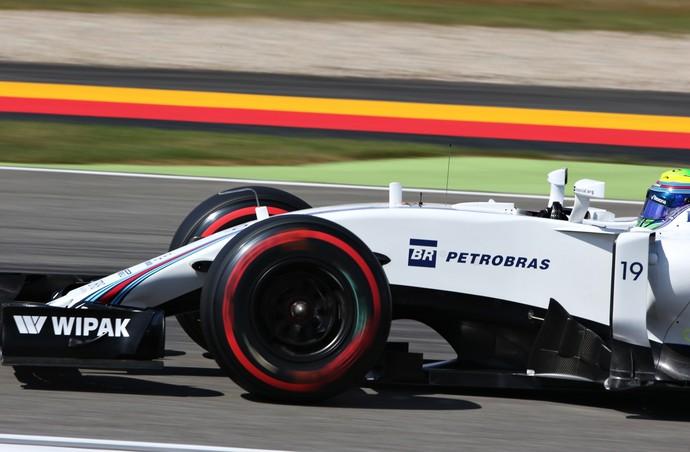 Felipe Massa em ação no treino classificatório para o GP da Alemanha (Foto: Getty Images)