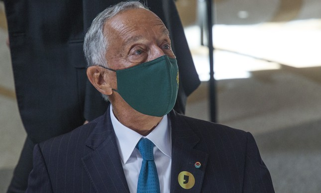 "Do presidente de Portugal, Marcelo Rebelo de Sousa, sobre Bolsonaro::  ""Só dança quem está na roda """