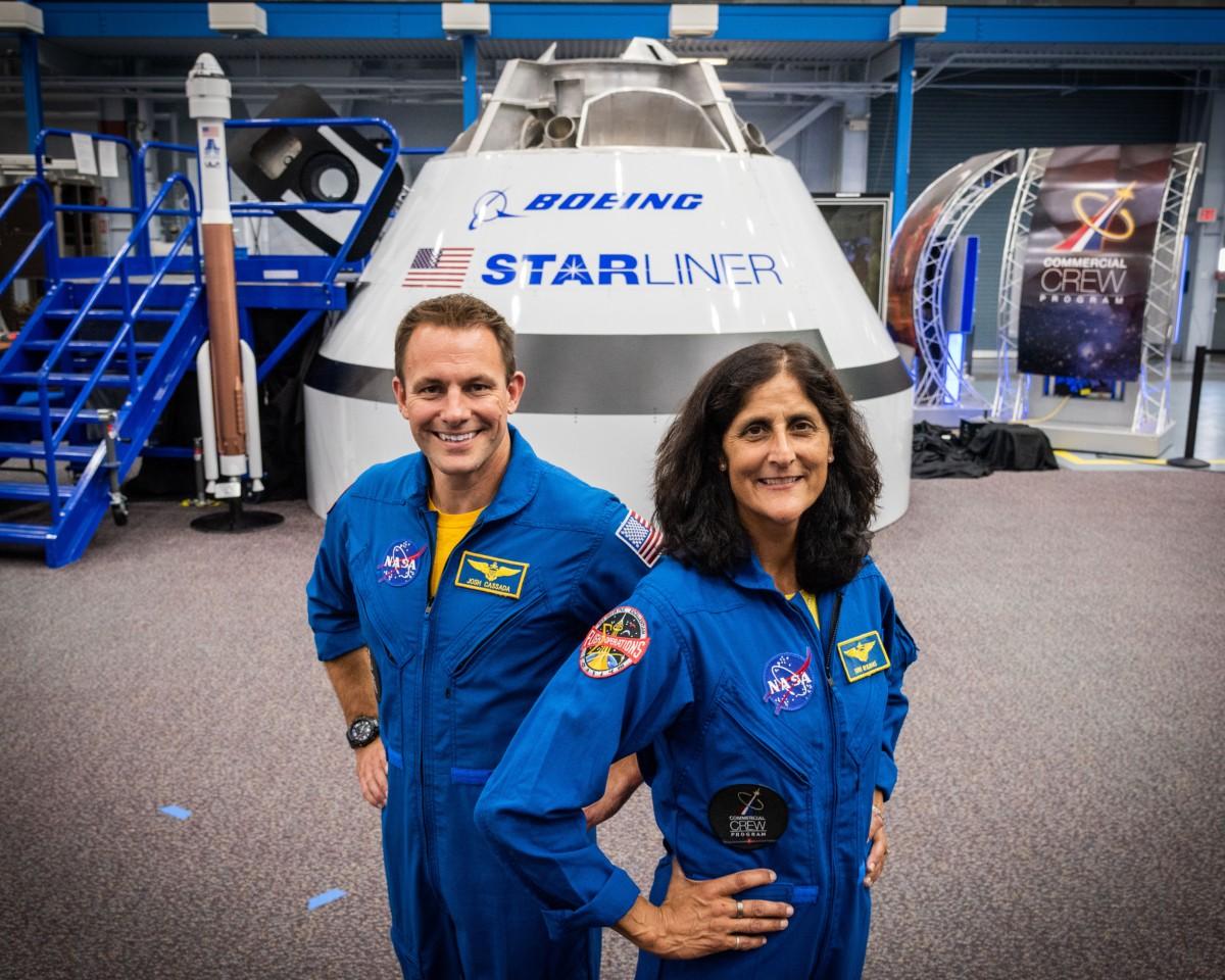 Josh Cassada (esq.) e Suni Williams (dir.) (Foto: Divulgação/NASA)