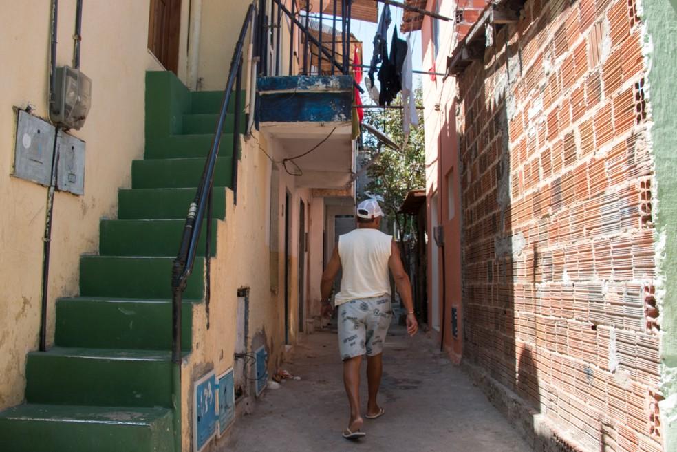 Em situação de pobreza (renda familiar per capita de R$ 89,01 a R$ 178) estão 480,8 mil habitantes. — Foto: Rui Nóbrega / Sistema Verdes Mares