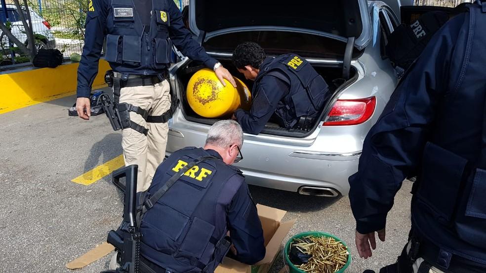 03desarme2 - Força-tarefa mira quadrilha de tráfico de armas no RJ e em MS