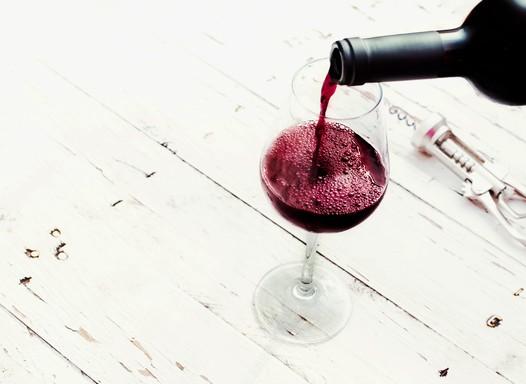Álcool: 4 sinais de que você pode estar passando da conta