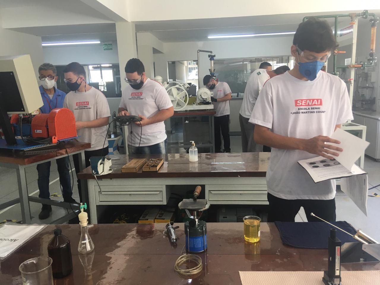 Senai de Bauru oferece mais de 170 vagas para cursos técnicos