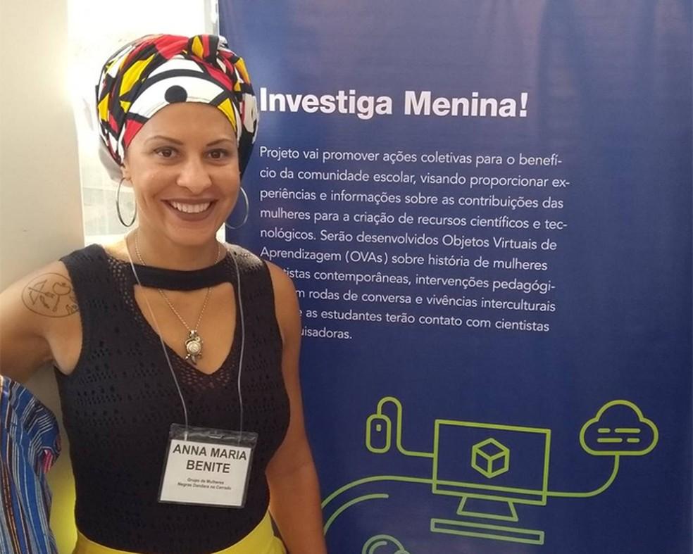 Ex-presidente da Associação Brasileira de Pesquisadores Negros e Negras, Anna Marina, ou Anita, também lidera um programa para aproximar alunas do ensino básico de pesquisadoras negras — Foto: Arquivo pessoal/Anita Canavarro