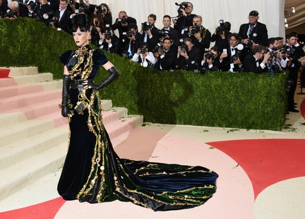 Katy Perry no Met Gala de 2016