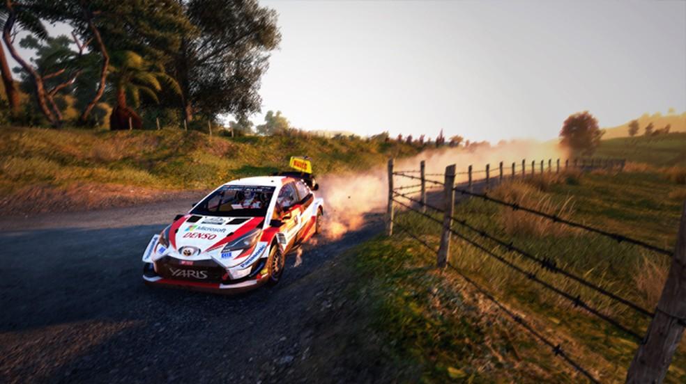 WRC 9 promete uma experiência de rally com alta fidelidade visual, até mesmo nas nuvens de poeira levantadas — Foto: Reprodução/PlayStation Store