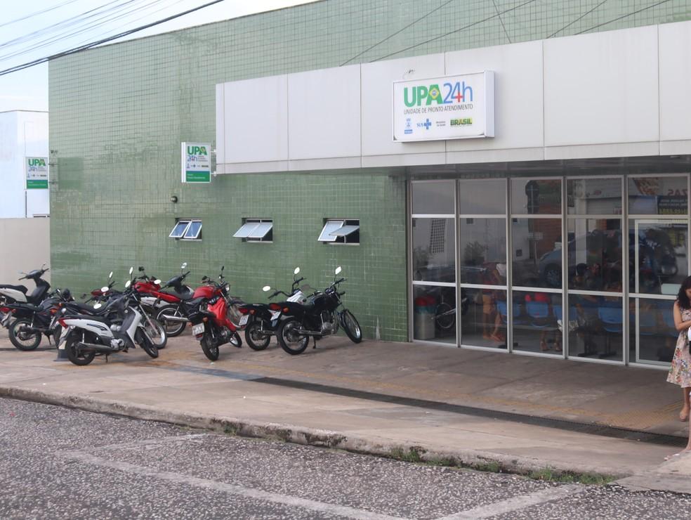 Paciente furtou ambulância da UPA do Renascença — Foto: Lucas Marreiros/ G1 PI