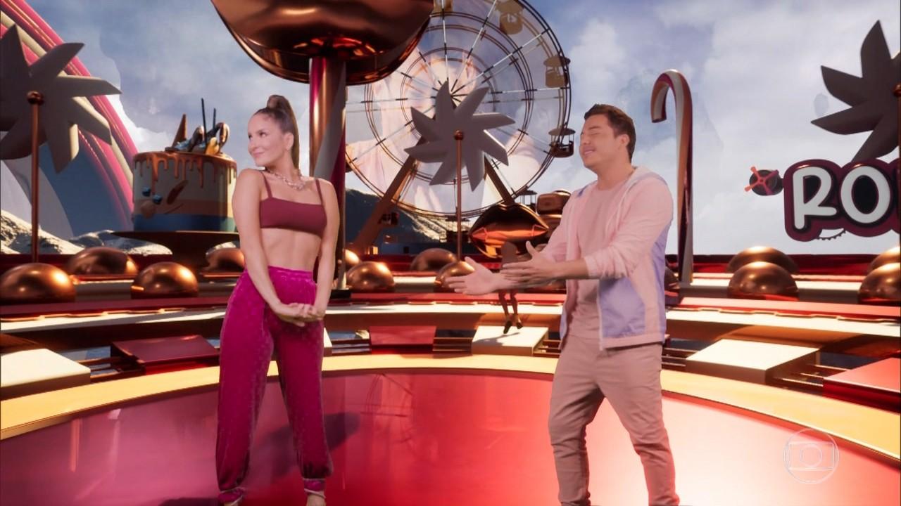 Claudia Leitte fala sobre o The Voice e mostra clipe de musica com Safadão