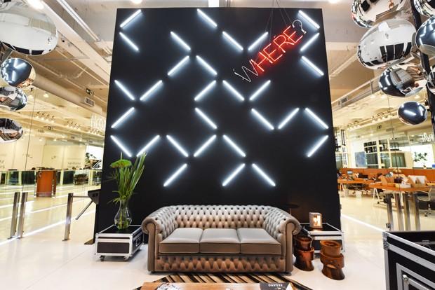 Projeto de escritório contemporâneo e integrado (Foto: Romulo Fialdini)
