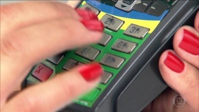 Câmara de Limeira aprova lei que permite pagar e parcelar multas de trânsito com cartão de crédito - Notícias - Plantão Diário