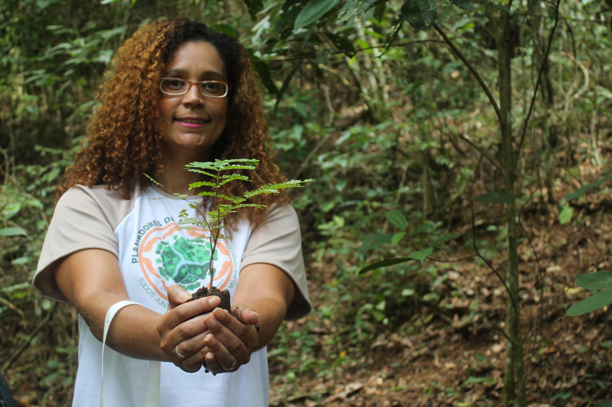 Voluntários participam de ações sustentáveis em Nova Friburgo