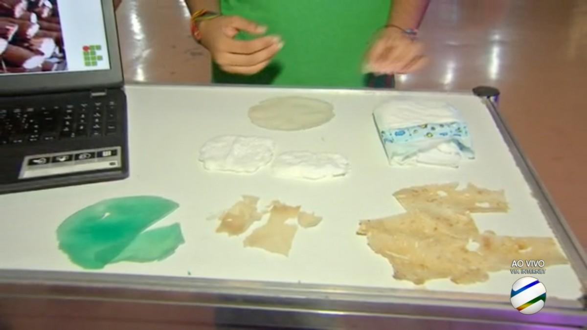 Alunos fazem fralda biodegradável a partir de amido de mandioca em MT