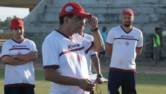 América-RN - Francisco Diá, técnico (Foto: Canindé Pereira/Divulgação)