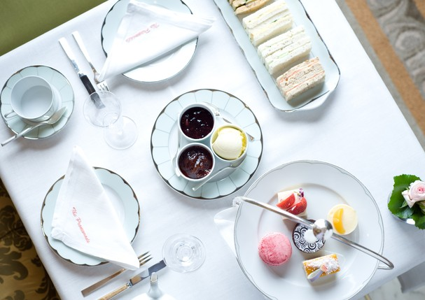 Aproveite o fim da tarde para tomar um chá no hotel The Dorchester (Foto: Divulgação)
