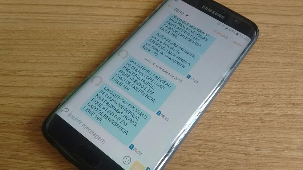 Via SMS, sistema alerta moradores sobre riscos de inundações, alagamentos e temporais (Foto: Bruno Rodrigues/G1)