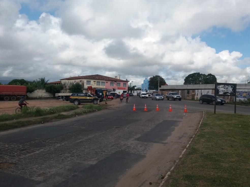 Polícia Rodoviária realizou desvios no trânsito devido à manifestação. (Foto: PRF/Divulgação)