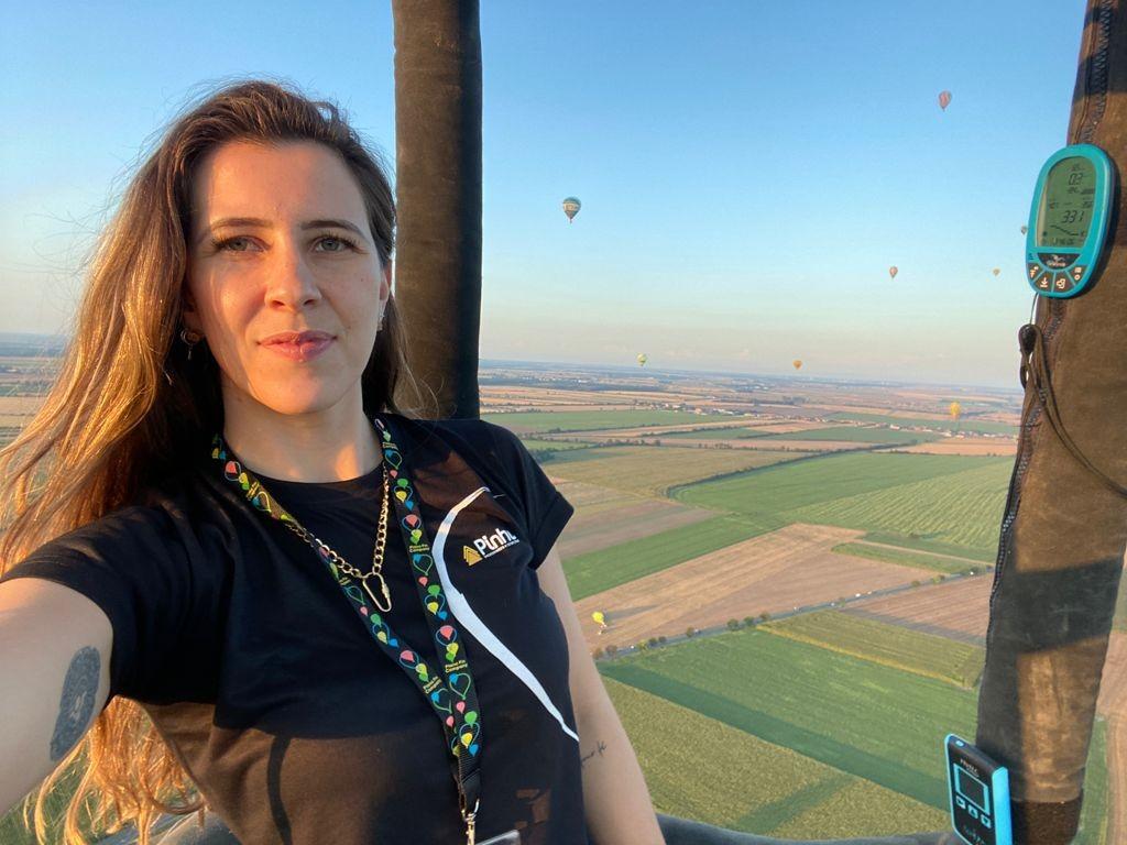 Única mulher no Campeonato Brasileiro de Balonismo começou a voar aos 10 anos: 'Amor à primeira vista'