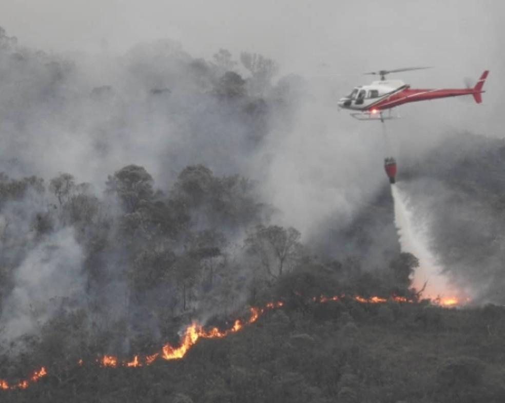 Incêndio foi registrado no Parque Estadual do Ibitipoca — Foto: Parque Estadual do Ibitipoca/Reprodução/Instagram