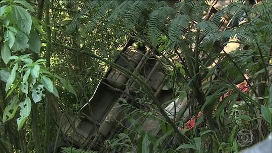 'Perdi minha avó e minha tia', diz sobrevivente de acidente com ônibus na serra de Ubatuba