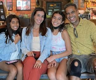Tania Khalill e a família  | Reprodução