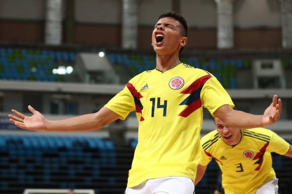 Richard Ríos se destacou pela Colômbia no futsal até chegar ao Flamengo — Foto: Lucas Figueiredo / CBF