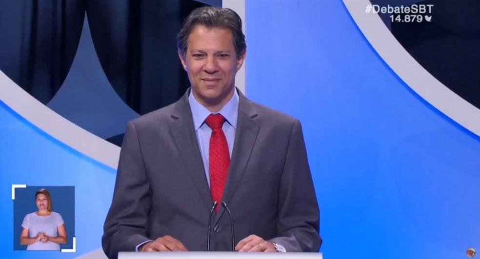 O candidato do PT à Presidência, Fernando Haddad, no debate do SBT — Foto: Reprodução