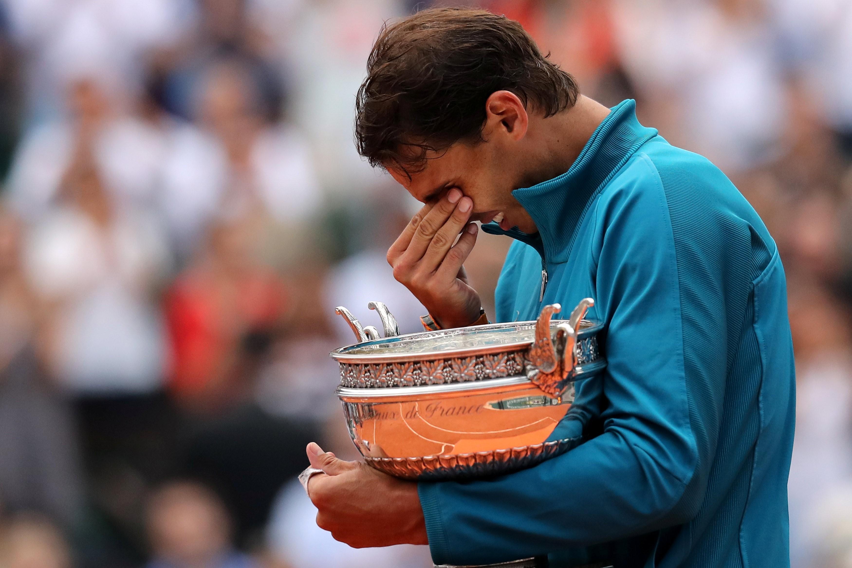 A emoção de Nadal após mais um título em Roland Garros