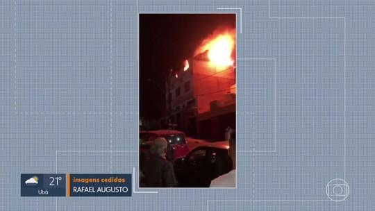 Incêndio atinge imóvel na Região do Barreiro, em Belo Horizonte