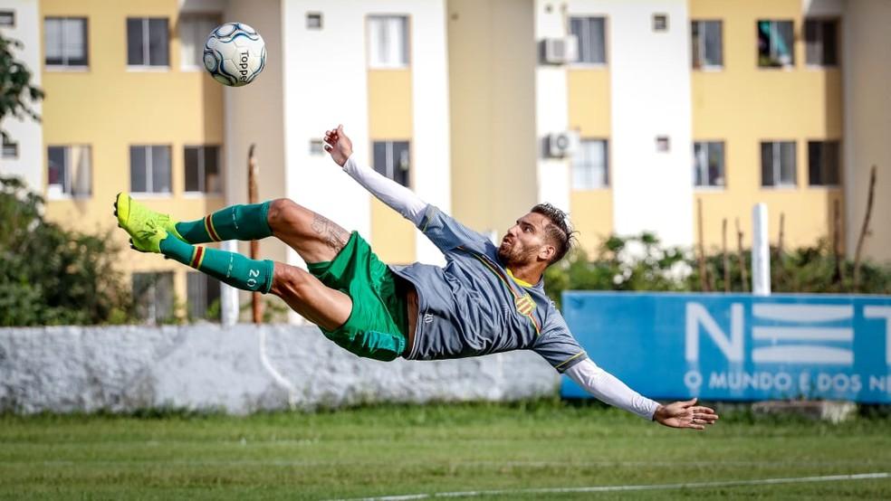 Maxuell Samurai é o artilheiro da temporada do Sampaio com seis gols — Foto: Lucas Almeida / L17 Comunicação