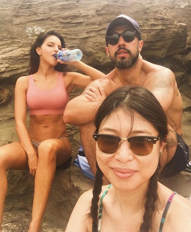 Mariana Rios, Yan Acioli e Satomi Maeda (Foto: Reprodução)