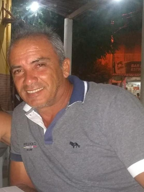 Ladislau Medeiros Filho, de 52 anos, conhecido como 'Lopes' morreu no local — Foto: Arquivo da família