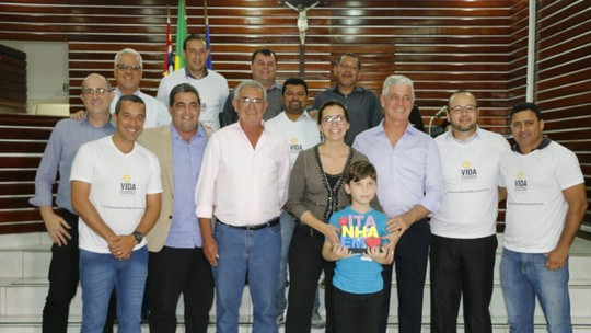 Rosana Valle recebe homenagem em Itanhaém