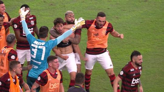 Rodrigo Caio acerta cabeçada e vira para o Flamengo contra o Furacão