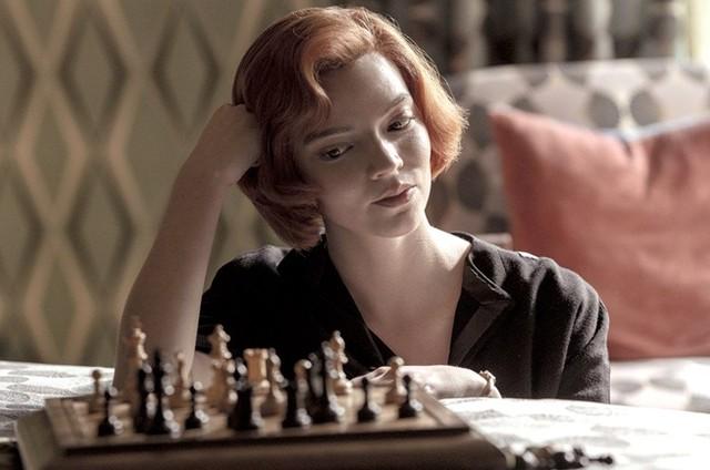 Anya Taylor-Joy em 'O gambito da rainha', da Netflix (Foto: Divulgação)