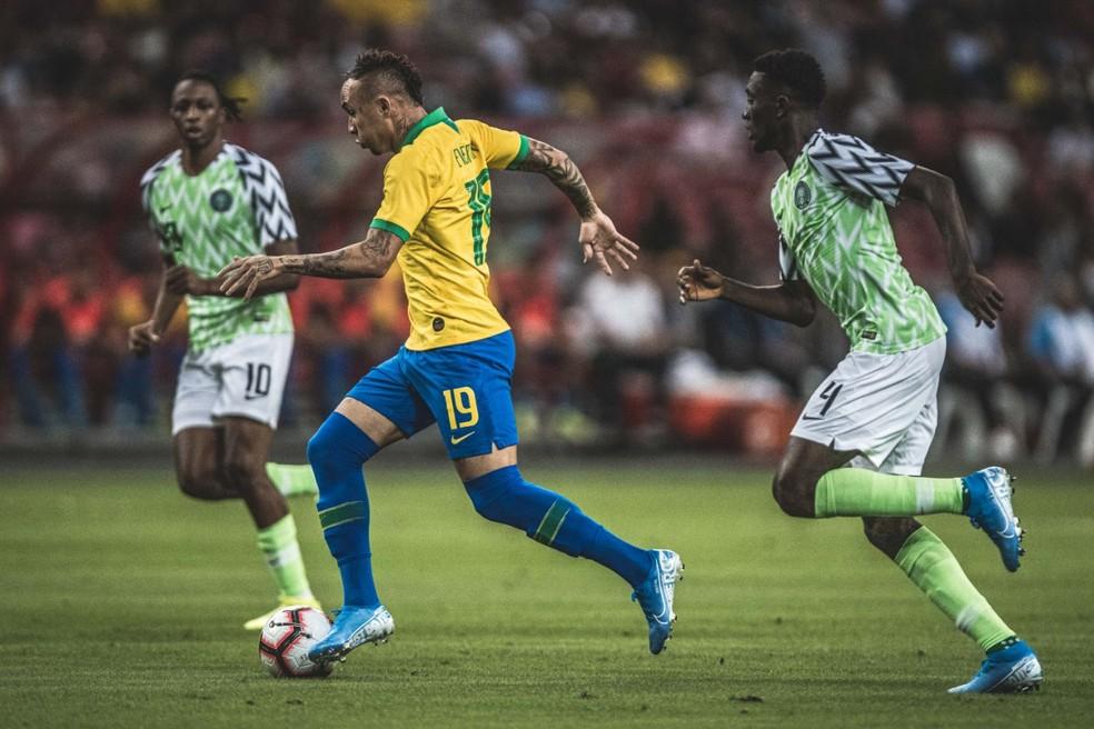 Everton é um dos nomes de confiança de Tite — Foto: Pedro Martins / MowaPress